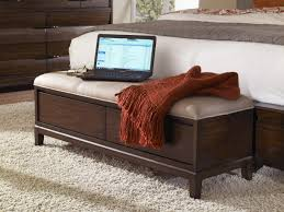 Source  Via  Cream End Of Bed Storage Bench With Wooden