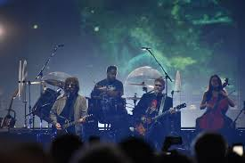 For the first time in almost 37 years, <b>Electric Light Orchestra</b> performs ...