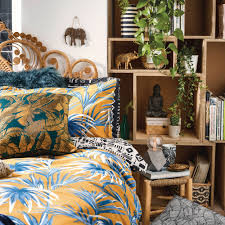 vibrant tropical prints help to keep the spirit of summer alive this bold leaf bedding is just 11 for a double this collection is filled with friendly