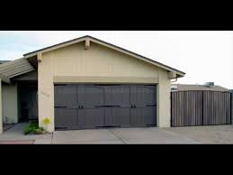 garage door colors for white house