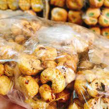 🌈 Cốm bắp nắm 💵 Giá: #7k/gói 👀 Số lượng:... - Tài Hiếu - Bánh kẹo BMT