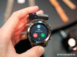 huawei smartwatch on wrist. huawei watch 2 classic smartwatch on wrist