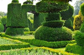 Small Picture 9 of the most beautiful topiary gardens around the world Green