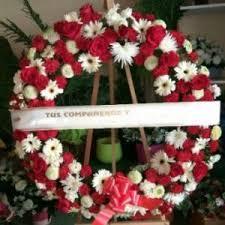 Resultado de imaxes para corona de flores entierro