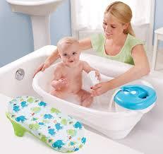 Những đồ dùng cần thiết cho trẻ sơ sinh 0-12 tháng tuổi