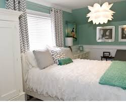 Seafoam Green Bedroom Very Pretty Modern Feminine Bedroom Love The Wall Color And