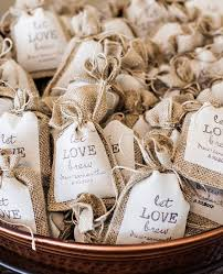 wedding favor ideas ...