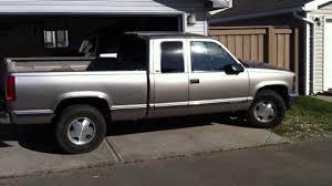 98 Chevy Z71 Loud Exhaust In The Garage (No Muffler) - YouTube