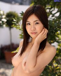 Miri Yaguchi Photo Gallery 16 Pics 16.