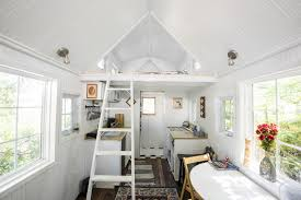 tiny house chicago. Tiny House, Big Benefits: Freedom From A Mortgage - And Stuff Chicago Tribune House E