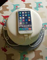 16th birthday cake <b>complete</b> with iPhone 6s and headphones. Cake ...