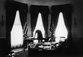 resident john f kennedy in the oval office may 1961 jfk oval office18 oval