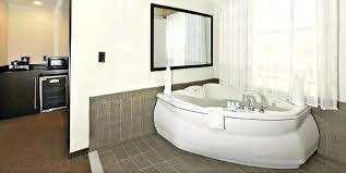 whirlpool tubs sleep inn suites hot tub hotel room spa tubs canada whirlpool jacuzzi