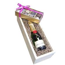 send half bottle moet chandon 37 5cl and truffles in wooden box gift set