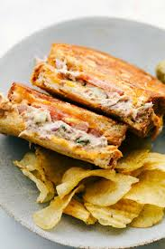 2020's Best Tuna Melt Sandwich Recipe ...