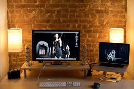 Showcase: Minimalist Workstation Setups - Love this setup
