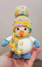 25 Free Amigurumi Snowman Crochet Patterns