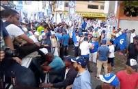 Resultado de imagen para marchas de abinader en Santiago y Santo Domingo