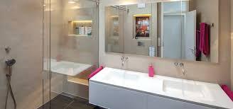 Badezimmer Putz Und Fliesen