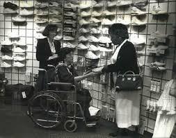 1990 PRESS PHOTO Myrna Alawine - abna06887 - £15.12 | PicClick UK