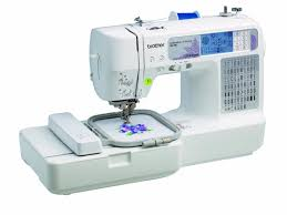 Best Quilting Machines of 2018 For Beginner to Advanced Quilters & Brother HC1850 Sewing and Quilting and Embroidery Machine Adamdwight.com