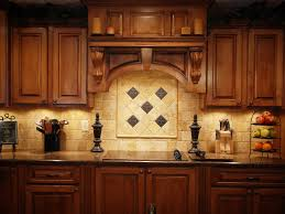 what color countertops go with maple