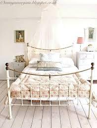 Vintage inspired bedroom furniture Oak Vintage Style Bedroom Vintage Style Bedroom Furniture Zoradamushellsehen Vintage Style Bedroom Vintage Vintage Inspired Bedroom Sets