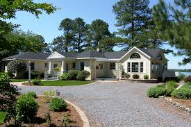 exterior colonial house design. Fantastic Traditional Dream Home Ideas Wooden Modern Colonial House Design Remodel Exterior Picture Gallery Of Lake Side N