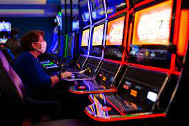 Crowds flock to Black Hawk, Central City as Colorado casinos reopen after  93-day shutdown