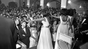 In 1962, the supremes debuted nationally with your heart belongs to me, which was followed by a very long string of hits on both the r&b and pop/rock over the years, the supremes had a number of key personnel changes. For One Night In 1965 The Supremes Brought The Two Detroits Together The New York Times