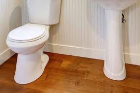Nicht jeder vinylboden ist fürs bad oder feuchträume geeignet wir zeigen teure fallen und weit verbreitete irrtümer auf. Holzdielen Im Bad Das Sollten Sie Unbedingt Beachten