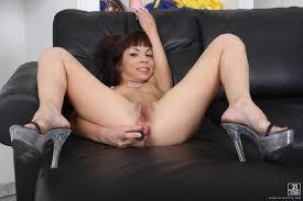 Une petite jeune avec la gorge tr s profonde sexy butts sanjaya.
