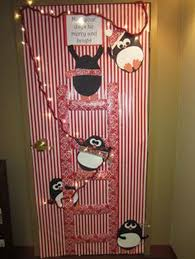 holiday door decorating ideas. Christmas Holiday Door Decoration May Your Days Be Merry And Bright With Holiday Door Decorating Ideas