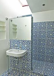 bathroom accessories. A Few Tips For The Bathroom Accessories And Design, Which Enlarge Space D