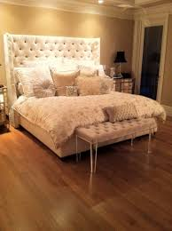 Best 25+ Tufted bed ideas on Pinterest | Grey tufted headboard ... & This is the bed! tufted headboard and bench w/ Lucite legs. Adamdwight.com