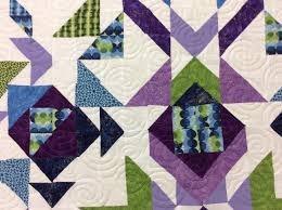 koolkat's quilting blog: Quilts from Brisbane to Roma & Wendy from Toowoomba chose the stars and loops pattern to suit this star  design quilt., while Robyn from Newstead chose the swirls e2e pattern for  her ' ... Adamdwight.com