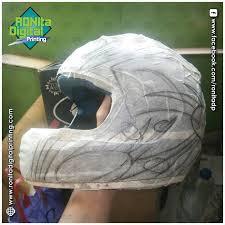 pola design helm