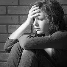 depressed girl के लिए इमेज परिणाम