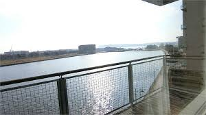 2 bed flat to in maia house falcon drive cardiff bay