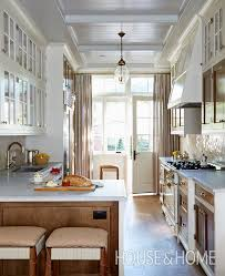 40 Traditional Kitchens With Timeless Appeal K I T C H E N Enchanting Timeless Kitchen Design Ideas