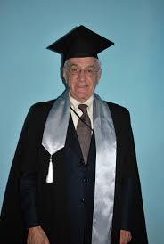 Вручение диплома и мантии Почетного доктора Университета ИТМО