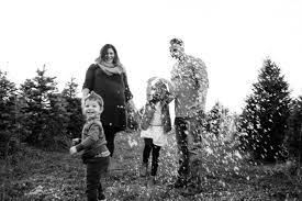 family tree farm picture ideas family pictures nebraska tree farm family session