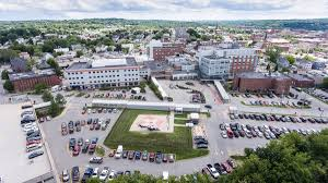 Staffers Are Fleeing As Central Maine Hospital System Is
