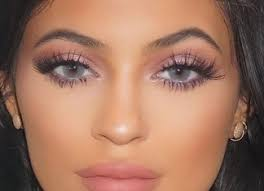 taupe lipstick makeup beauty look for spring summer makeup