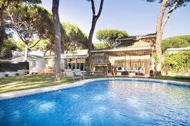 the swimming pool at or close to chalet dragon puerto santa maria