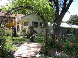 Karenu0027s Cottage And Castle A Romantic Garden PartyRomantic Cottage Gardens