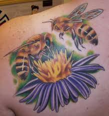 тату пчел на лопатке девушки фото рисунки эскизы