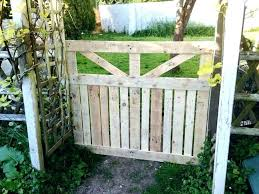 pallet garden fence gate easy vertical vegetable ideas wo