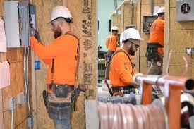 Construction Electrician Construction Training Programs Become An Electrician