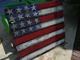 up cycled pallet primitive american flag